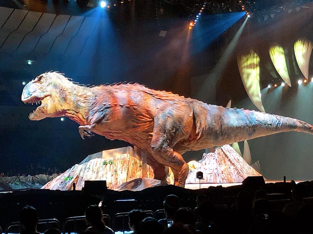 ウォーキングwithダイナソー~驚異の恐竜王国