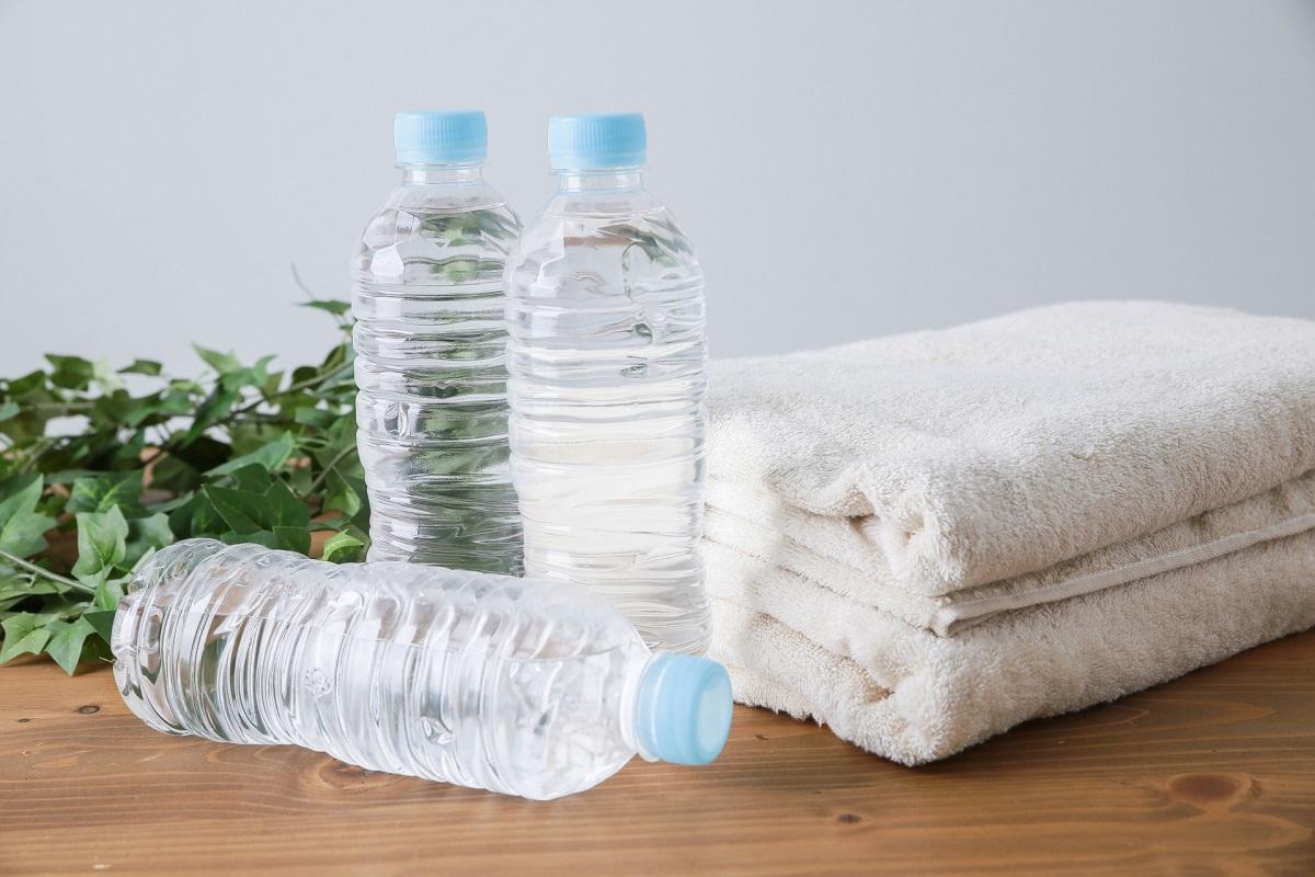 YouTuberヒカルさんが『【1日2リットル】これから一ヶ月「水」しか飲みません』【現役 薬剤師が解説】